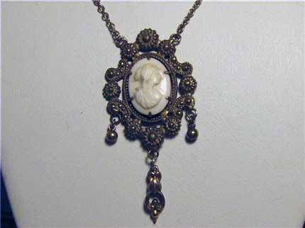 LS8788 A Stunning Victorian Gold Filled Coral Carved Cameo Necklace $275.00