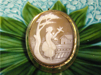 DS942 Victorian Antique Large Gold Filled Cameo shell Carved And Beautifully Decorated. $495.