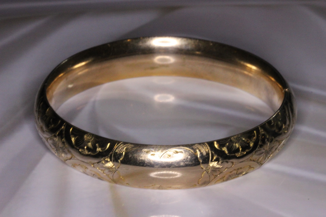Lysbeth Antiques Estate Jewelry Franklin TN LP2129 Antique Estate  Circa 1904-10 JFSS Antique Rolled Gold Edwardian Bangle $145.00