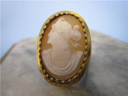 LS7059, Vintage Sterling with Gold Plate Shell Cameo, $90