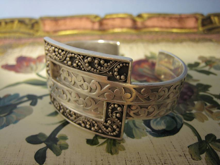 Jewelry Stores In Franklin TN Antique Jewlry Nashville LP578 An Irresistable Designer Genuine Lois Hill Wide Cuff Sterling Silver Bracelet. $368