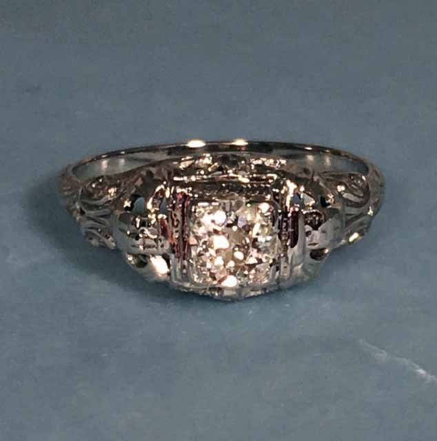 L2372. Sparkling Art Deco Filigree 18k Engagement Ring. Approximately .50 Total Diamond Weight. Size 6 1/2. $950.00
