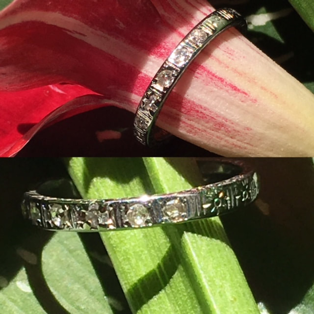 Estate Jewelry Nashville Franklin TN L2850. Lovely antique Belarus wedding band set in 14k with diamonds. Great style for stacking bands. $388