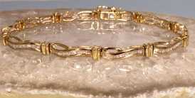 Gold Diamond BraceletPicture